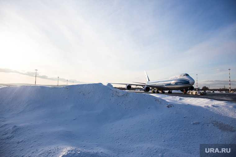 Новый Уренгой Тюмень задержали рейс 28 декабря